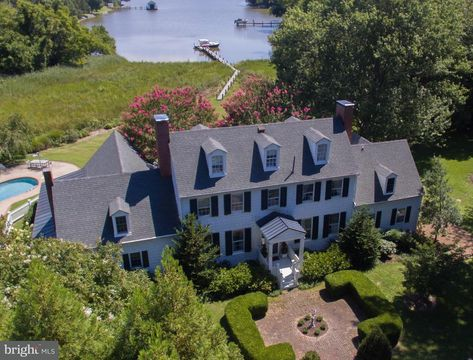 Groovy Waterfront Vacation House Rental Old Wintersell Estate Home Interior And Landscaping Ponolsignezvosmurscom